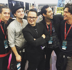 Bob Morley, Richard Harmon, Sachin Sahel and Chai Romruen with a fan at fan Expo