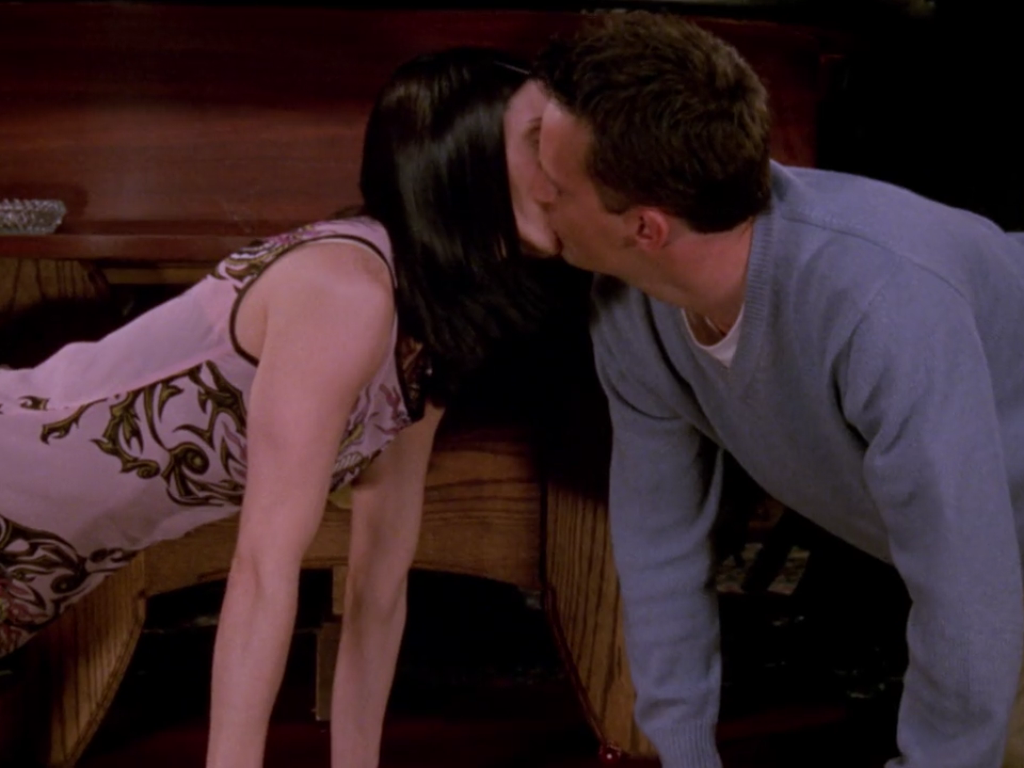 Chandler and Monica in Vegas