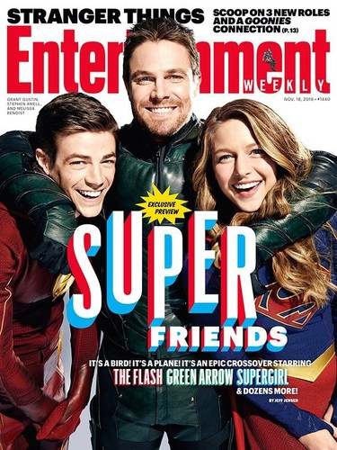 The Flash (CW) fondo de pantalla containing anime entitled EW Magazine