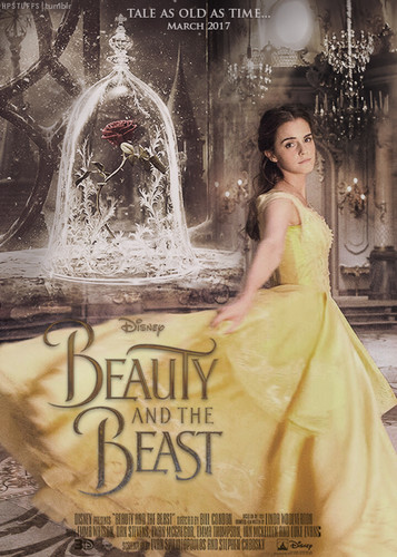 Beauty and the Beast (2017) karatasi la kupamba ukuta containing a kisima, chemchemi entitled Emma Watson as Belle