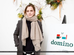 Emma Watson at Domino Magazine Holiday Pop Up in NYC [December 01, 2016]
