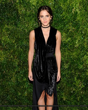 Emma Watson attends at the MoMA Film Benefit presented por CHANEL, A Tribute To Tom Hanks