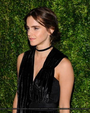 Emma Watson attends at the MoMA Film Benefit presented oleh CHANEL, A Tribute To Tom Hanks