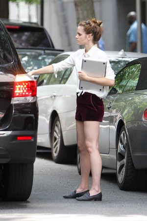 Emma Watson in Manhattan, NYC [July 11, 2013]