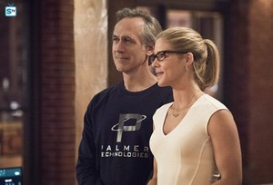 """Felicity in """"Lost in the Flood"""""""