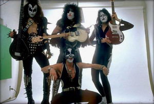 Kiss ~Los Angeles, California…May 30, 1975