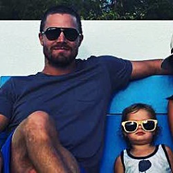 Mavi + sunglasses