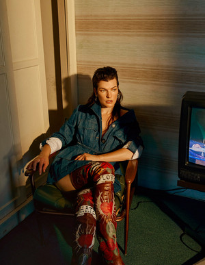 Milla Jovovich - Vogue Photoshoot - October 2016