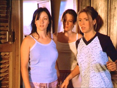 Prue  Piper  and Phoebe 21