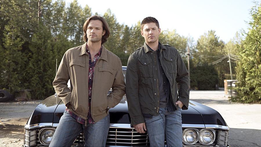 Sam-and-Dean-team-winchester-40025520-900-507.jpg