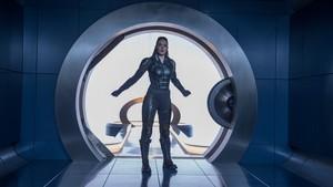 Sophie Turner behind the scenes as Jean Grey in the doorway of Cerebro on the astral plane