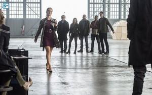 The Flash - Episode 3.08 - Invasion! - Promo Pics