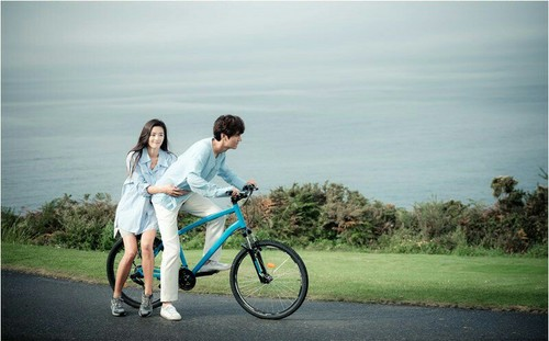 Lee Min Ho wallpaper with a bicycling, a cycling, and a mountain bike titled The Legend of the Blue Sea