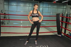 Train like an malaikat with: Adriana Lima