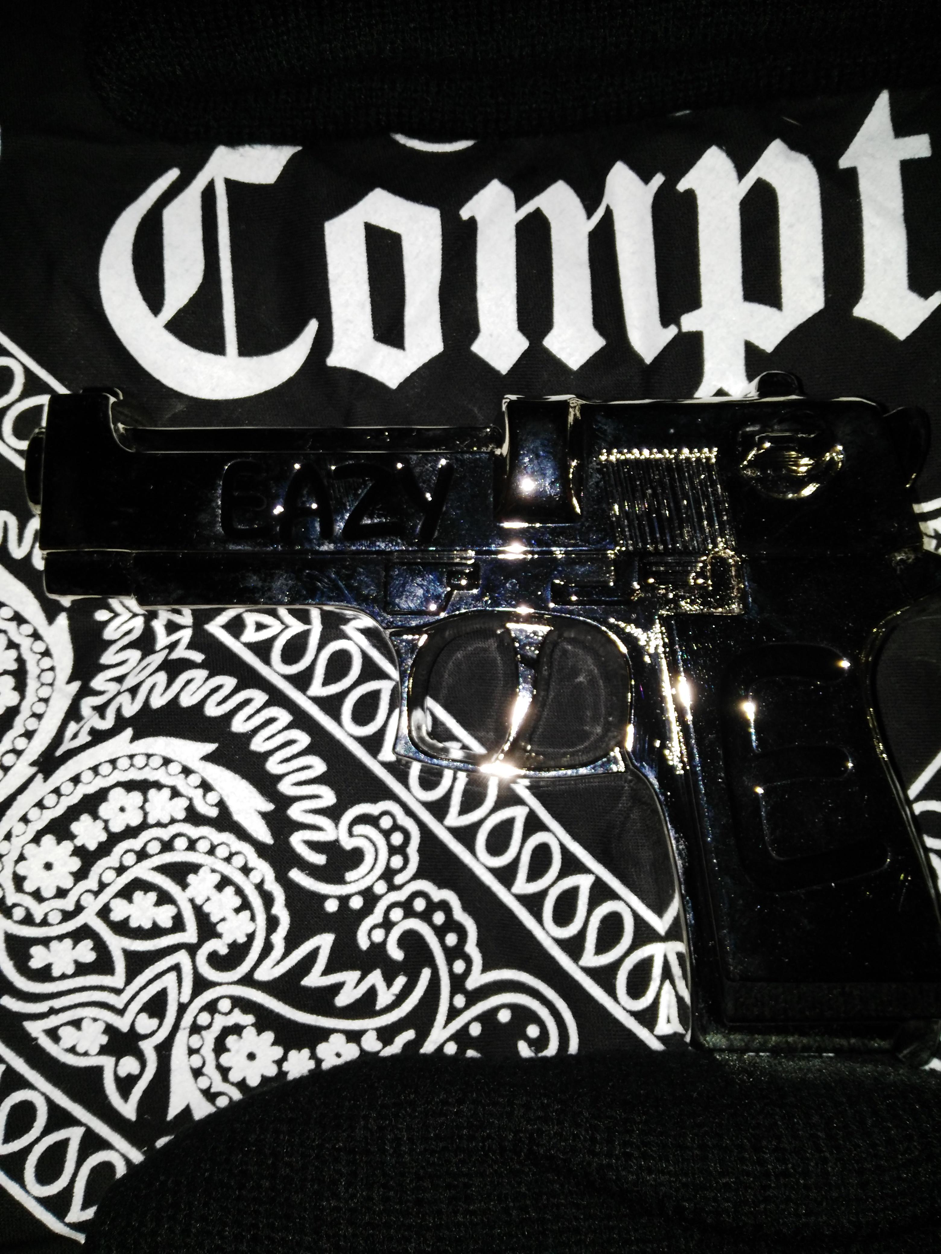 Eazy E Ruthless Record S Belt Buckle Gun Compton Eazye187