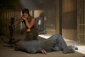 3x06 ~ Hounded