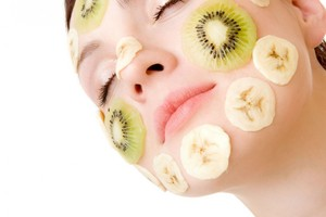 Banana and Kiwi Face Mask