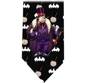 Бэтмен пингвин TIE 3 detail