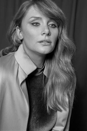 Bryce Dallas Howard - VVV Photoshoot - 2016