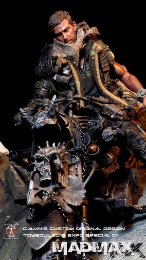"""Calvin's Custom 1:6 One sixth scale TOYSOUL 2016 Special """"MAD MAX"""" Fury Road on Bike"""