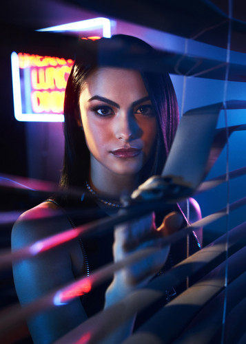 Riverdale (2017 TV series) fond d'écran entitled Camila Mendes as Veronica Lodge