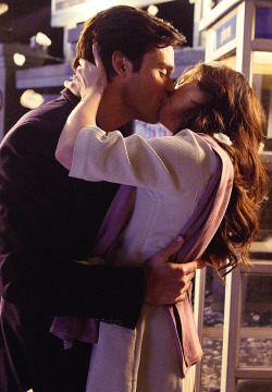 Clois kiss - Season 10