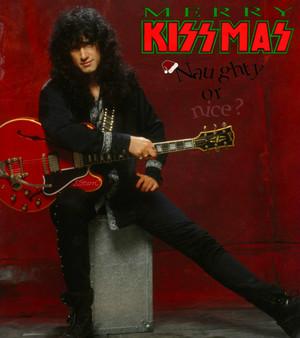 día 22 ~25 Days of KISSmas