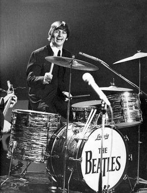 Drumming Starr