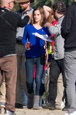 Emma Watson reshooting The वृत्त [January 06, 2017]