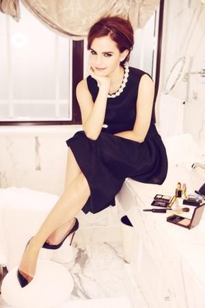 Exclusive outtakes of Emma Watson sejak Ellen Von Unwerth