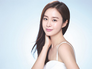 FLAWLESS BEAUTY KIM TAE HEE FOR CELL CURE