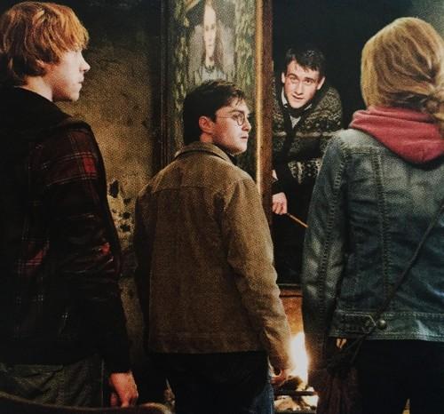 Hermine Granger Hintergrund entitled Hermione new BTS pics
