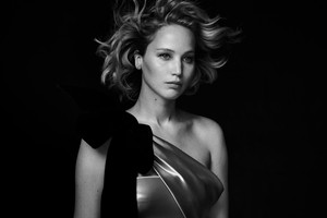 Jennifer Lawrence - Vanity Fair Photoshoot - December 2016