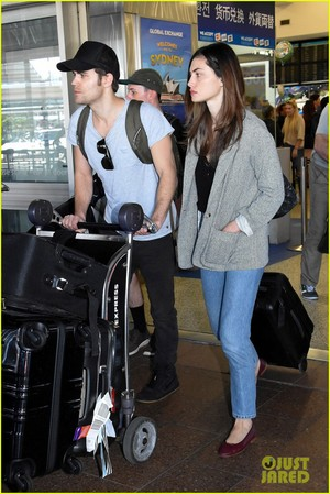 Paul Wesley and Phoebe Tonkin Jet To Her घर in Australia For The Holidays!