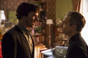 Sherlock - Episode 4.02 - The Lying Detective - Promo Pics