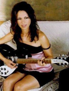 Susana Hoffs of The Bangles
