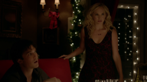 TVD 8x07 Damon and Caroline