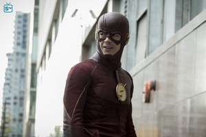 The Flash - Episode 3.10 - Borrowing Problems From The Future - Promo Pics
