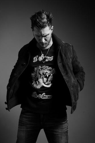 Tom Hardy wallpaper titled Tom Hardy ~ Esquire Magazine Photoshoot