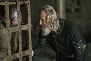 """Vikings """"In the Uncertain jam Before the Morning"""" (4x14) promotional picture"""