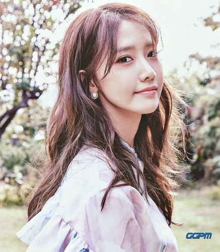 Girl's Generation/SNSD karatasi la kupamba ukuta titled Yoona 2017 SEASON'S GREETINGS 'Ordinary Days'