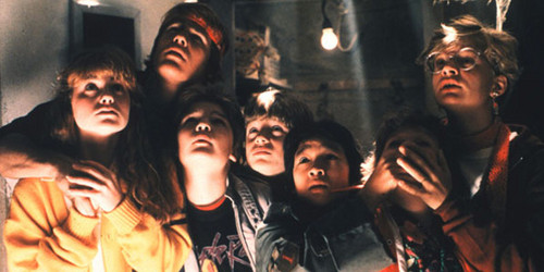 The Goonies fond d'écran titled cast