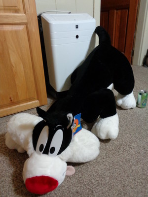large crouching Sylvester stuffed animal