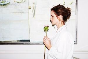 Emma Watson bởi Olivia Richardson (2017)