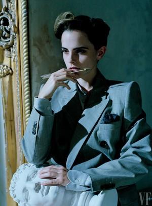 Emma Watson covers Vanity Fair US (April 2017)