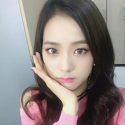 Black rosa Hintergrund titled ♥ Jisoo ♥