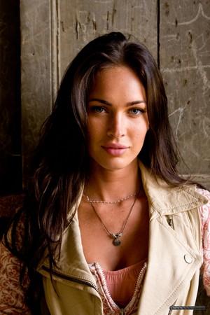 ♥ Stunning Megan ♥
