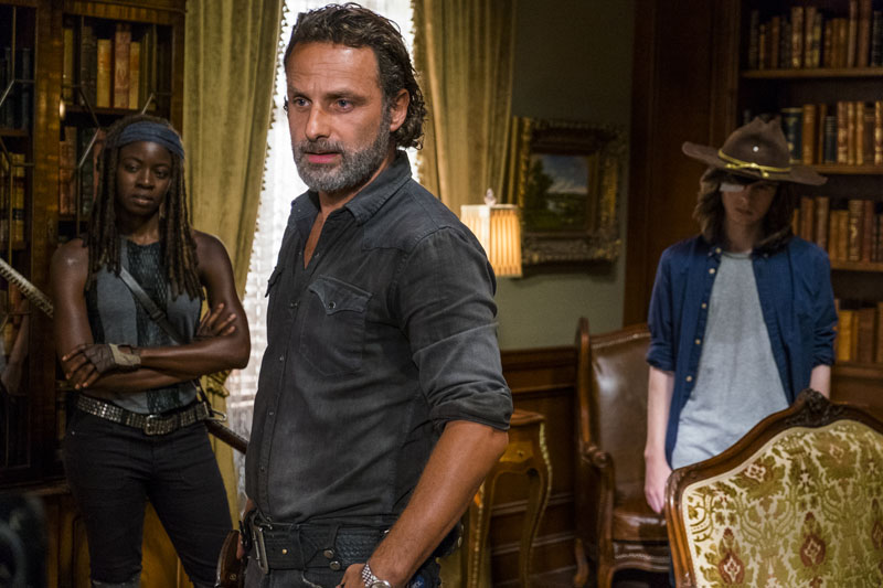 7x09 ~ Rock in the Road ~ Rick, Michonne and Carl