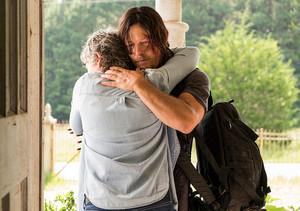 7x10 ~ New Best Друзья ~ Carol and Daryl