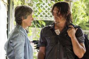 7x10 ~ New Best mga kaibigan ~ Carol and Daryl